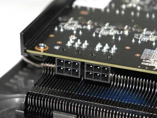 """市售最高频:铭鑫""""双十""""560 SE上市/实测"""